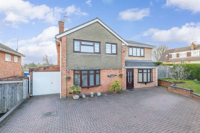 4 bed detached house for sale in St. Judes Avenue, Studley B80