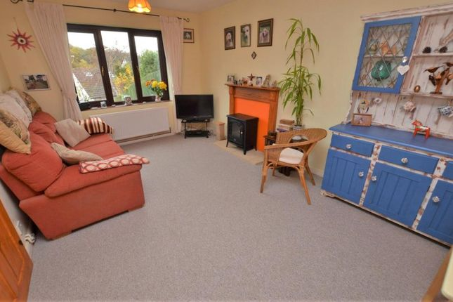 Living Room of Elliott Close, Pennsylvania, Exeter, Devon EX4