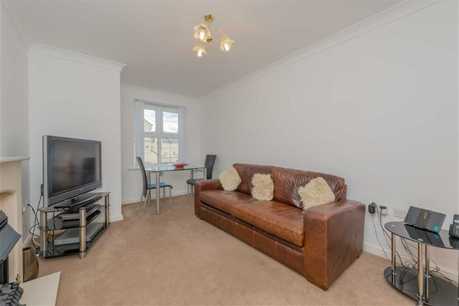 Gomersall House, Cavendish Approach, Drighlington, West Yorkshire BD11