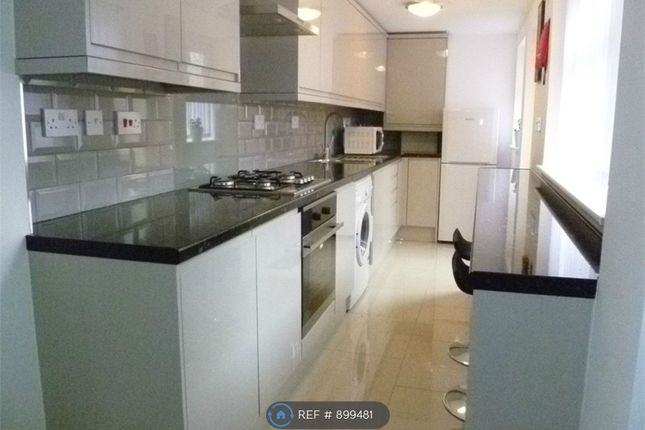 4 bed semi-detached house to rent in St. Georges Road, Coventry CV1
