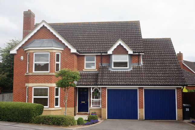 Thumbnail Detached house for sale in Dunnock Road, Ashford