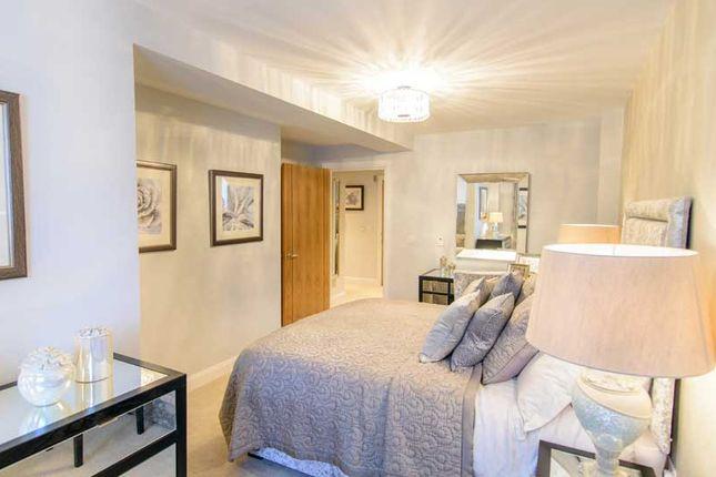 2 bedroom flat for sale in St. Marys Lane, Upminster