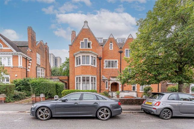 3 bed flat for sale in Eton Avenue, Belsize Park, London NW3