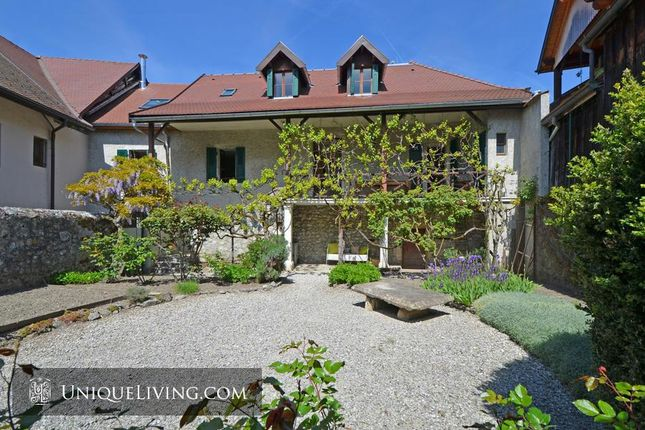 5 bed villa for sale in Annecy, French Alps, France
