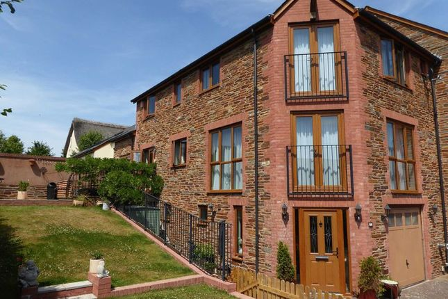 Thumbnail Property for sale in Iter Court, Bow, Crediton