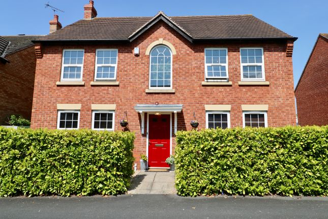 Thumbnail Detached house for sale in Hill View, Stratford Upon Avon