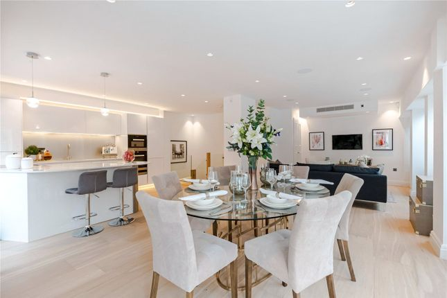 Thumbnail Flat for sale in Cleveland Street, London