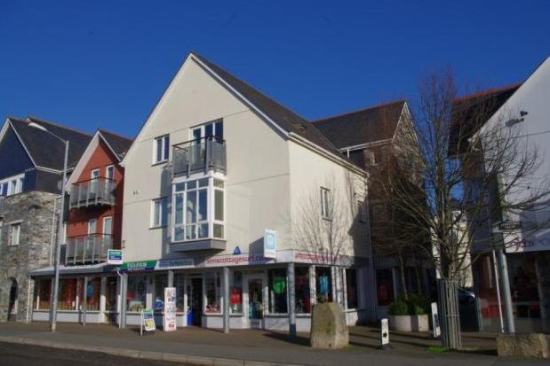 Thumbnail Flat to rent in Town Quay, Harbour Road, Wadebridge