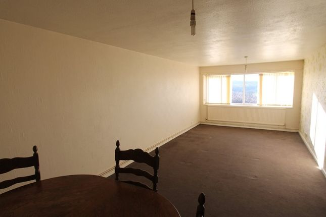 Lounge of Mont Walk, Wombwell Barnsley S73