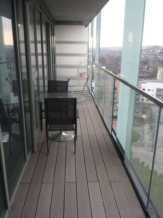 Thumbnail Flat to rent in Cornmill Lane, London