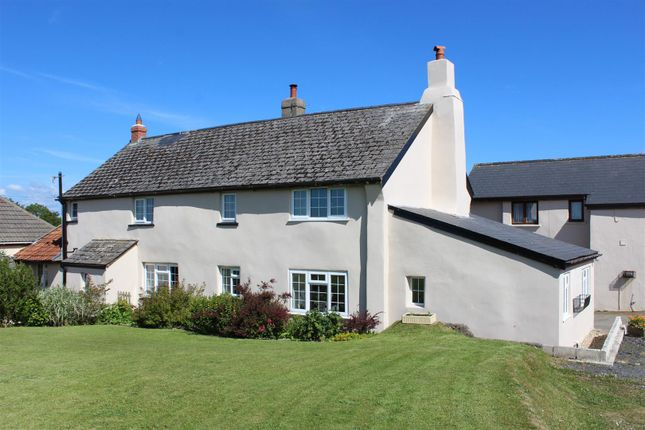 4 bedroom detached house for sale in Yarnscombe, Barnstaple
