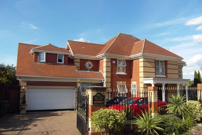 Thumbnail Detached house for sale in The Maples, Goffs Oak, Hertfordshire