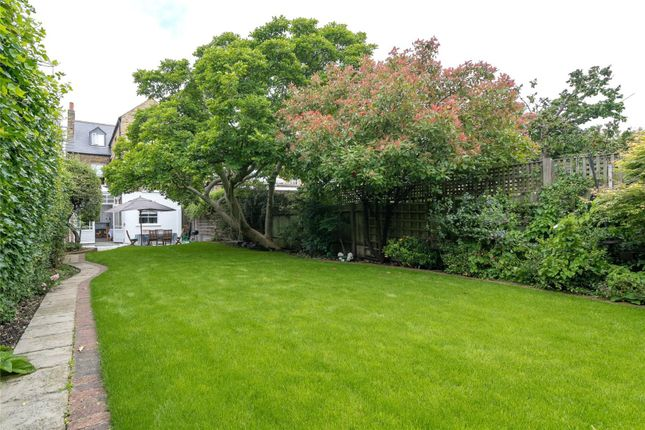 Garden of Dorlcote Road, Wandsworth, London SW18
