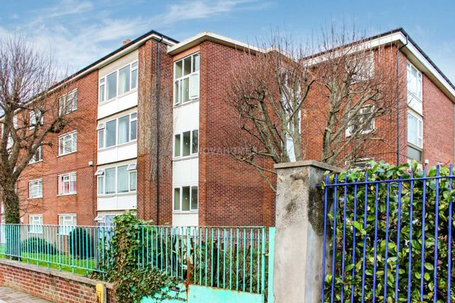 Thumbnail Flat for sale in Union Street, Stonehouse