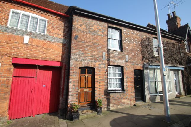 1 bed maisonette for sale in High Street, Hungerford RG17