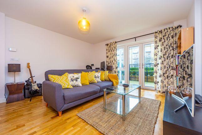 Thumbnail Flat to rent in Wintergreen Boulevard, West Drayton