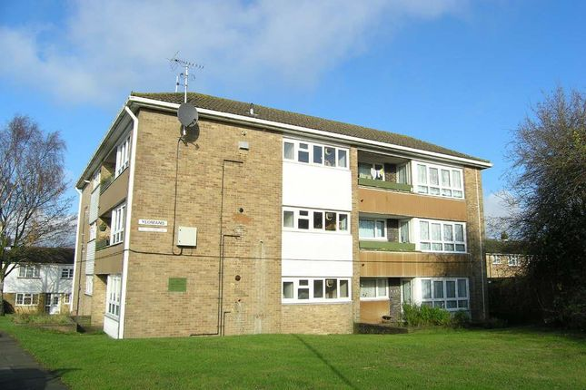 1 bed flat to rent in Chetwode Road, Tadworth