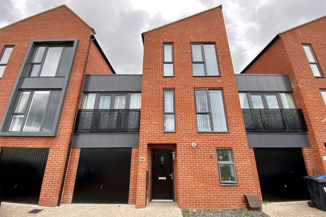 5 bed town house for sale in Kingsway Boulevard, Derby DE22