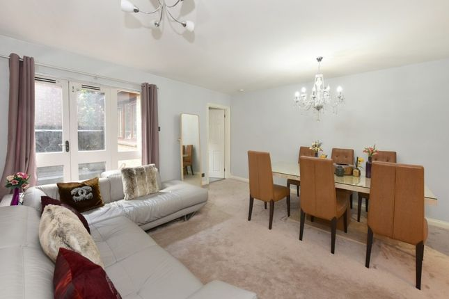 Thumbnail Property to rent in Euston, Regents Park, London