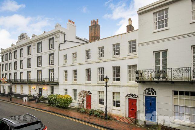 Thumbnail Flat to rent in The Rear, Pantiles, Tunbridge Wells