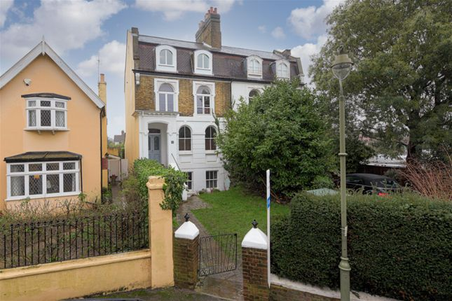 1 bed flat for sale in St. Marys Road, East Molesey KT8