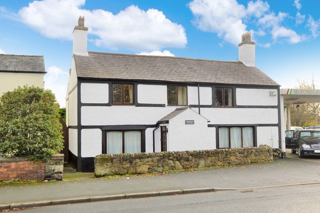 Thumbnail Cottage for sale in Chester Road, Rossett, Wrexham