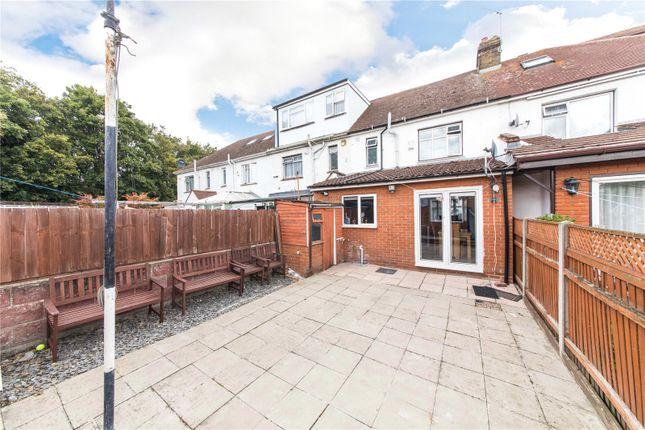Picture No. 10 of Rochester Road, Gravesend, Kent DA12