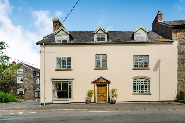 Thumbnail Property for sale in Meifod