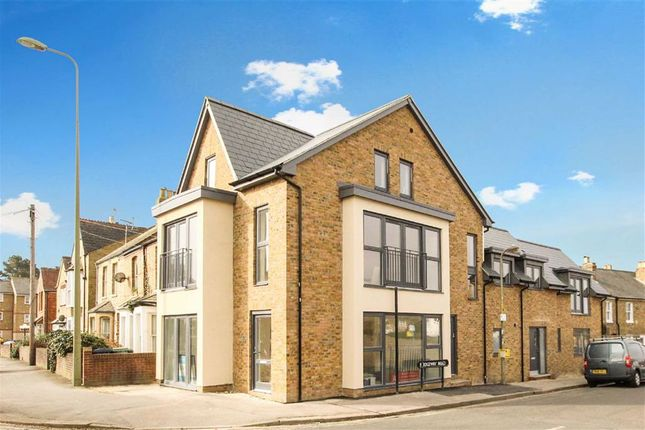 2 bed flat to rent in Marston Road, Marston, Oxfordshire OX3