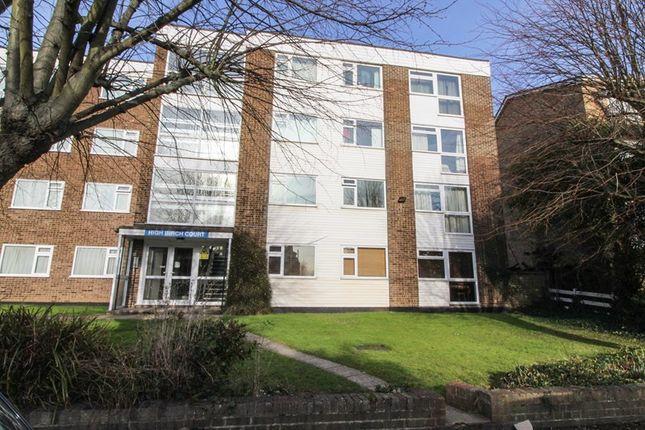 2 bed flat for sale in Park Road, New Barnet, Barnet