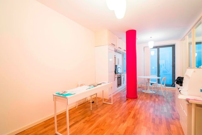 1 bed flat for sale in Holmes Road, London
