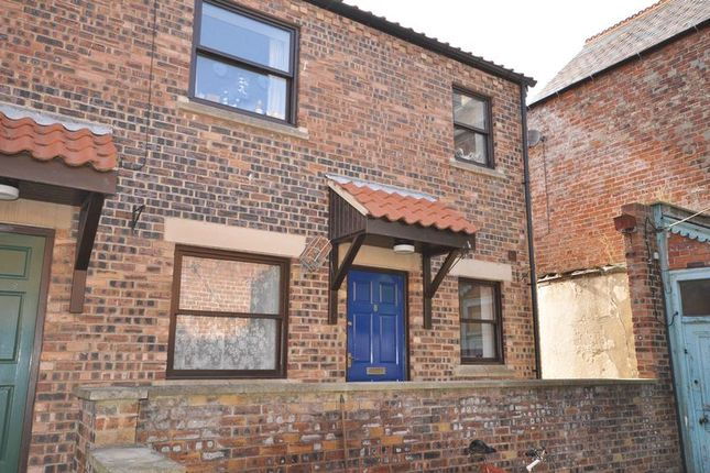 Thumbnail Flat to rent in 8 Waterloo Place, Flowergate, Whitby
