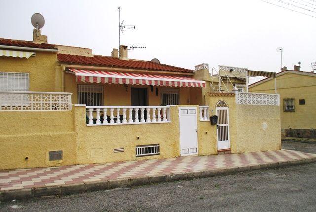 Thumbnail Terraced bungalow for sale in Urbanización La Marina, San Fulgencio, La Marina, Costa Blanca South, Costa Blanca, Valencia, Spain