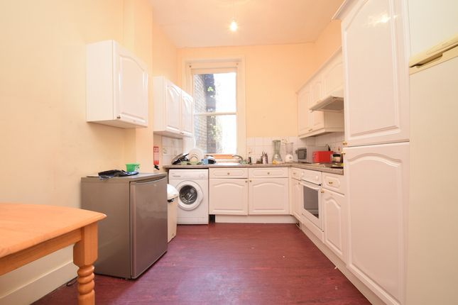 Thumbnail Triplex to rent in North End Road, West Kensington