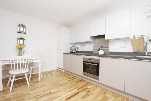 Kitchen of Pennyroyal Drive, West Drayton UB7