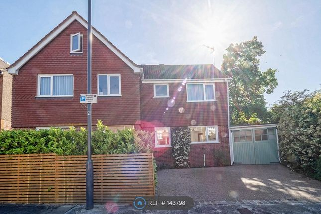 Thumbnail Detached house to rent in Whitehall Road, Harrow On The Hill