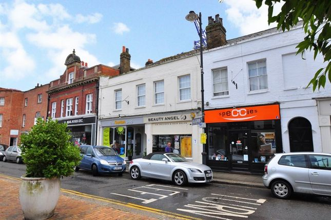 Flat to rent in High Street, Maidenhead