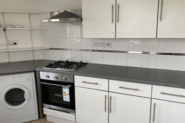 Thumbnail Terraced house to rent in Elm Grove, Brighton