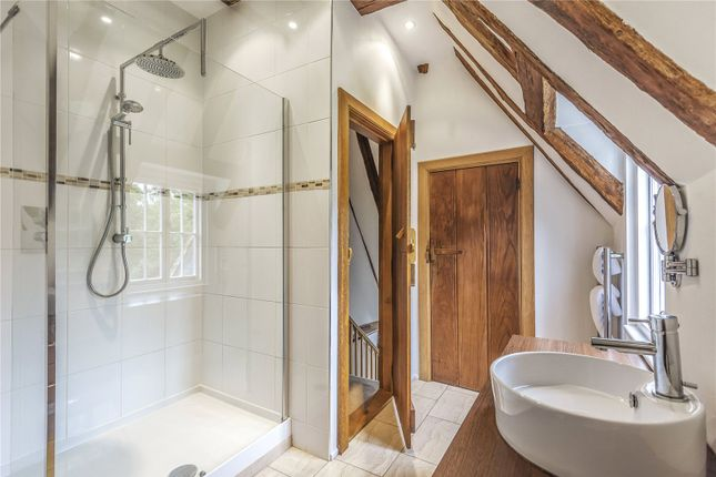 Bathroom of Taylor's Hill, Chilham, Kent CT4