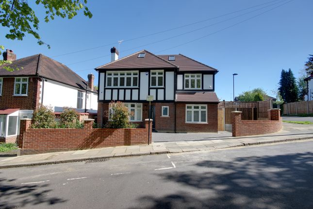Thumbnail Detached house for sale in Church Hill, Winchmore Hill