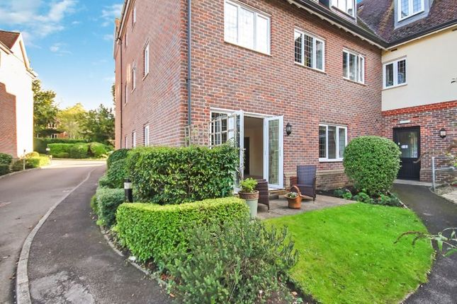1 bed property for sale in Tregarthen Place, Garlands Road, Leatherhead KT22