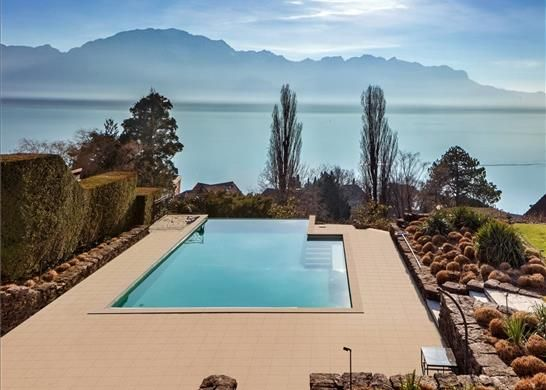Thumbnail Country house for sale in Montreux, Switzerland