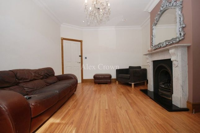 Thumbnail Terraced house for sale in Warwick Grove, London