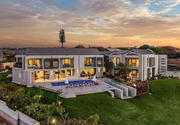 Thumbnail Country house for sale in Shetland Avenue, Waterfall Equestrian Estate, Gauteng
