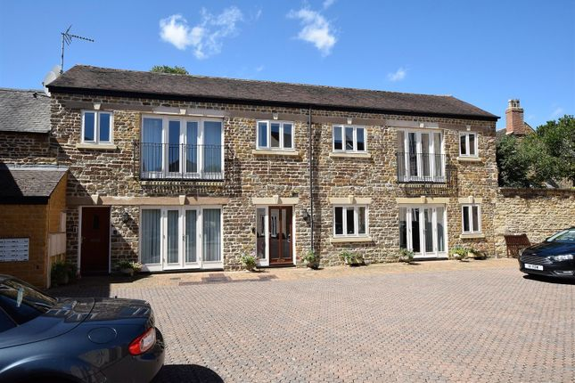 Thumbnail Flat for sale in Lodge Stables, Off Burley Road, Oakham