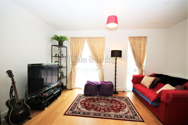 Thumbnail Flat to rent in Engineers Row, Woolwich