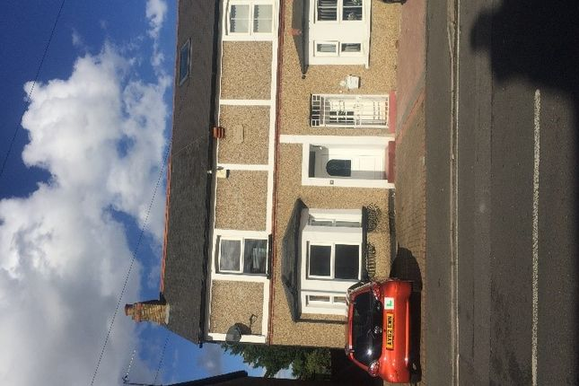 Thumbnail Semi-detached house to rent in Montague Road, Slough