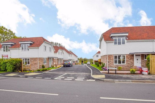 3 bed detached house for sale in Sycamore Close, Broad Oak, East Sussex TN31