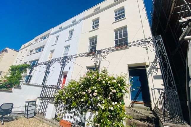 Thumbnail Flat to rent in West Park, Bristol