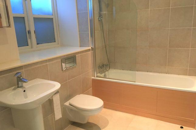 2 bed flat to rent in Dean House Lane, Luddenden, Halifax